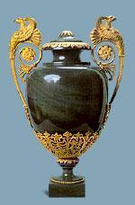 Ваза из калканской яшмы с бронзой. По рисунку Д. Кваренги. Бронза по рисунку А.Н. Воронихина. 1800 г.