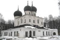 Как называется этот новгородский храм начала 12 века?