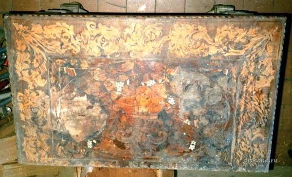 Стол инкрустированный, до реставрации